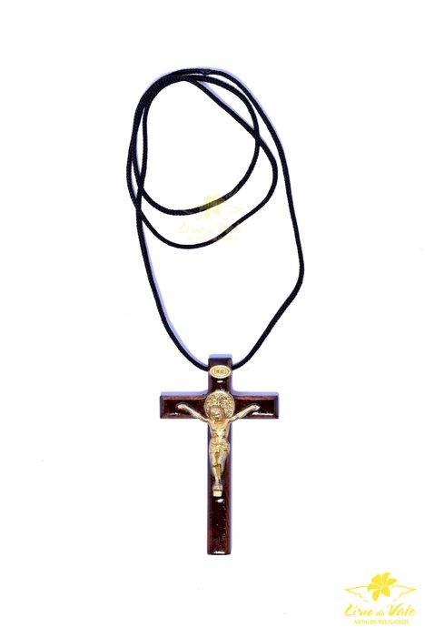 Cordão de madeira com medalha de São bento e borda arredondada 7,5cm