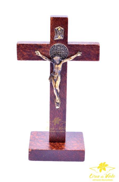 Crucifixo de mesa São Bento - 13cm