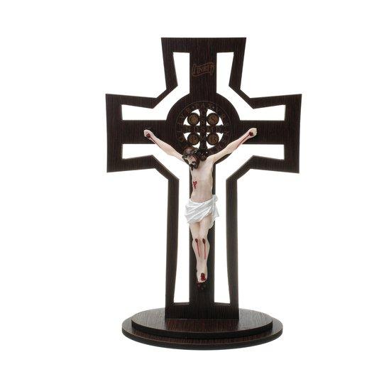 Crucifixo vazado com medalha de São Bento gravada a laser e cristo em resina 28cm