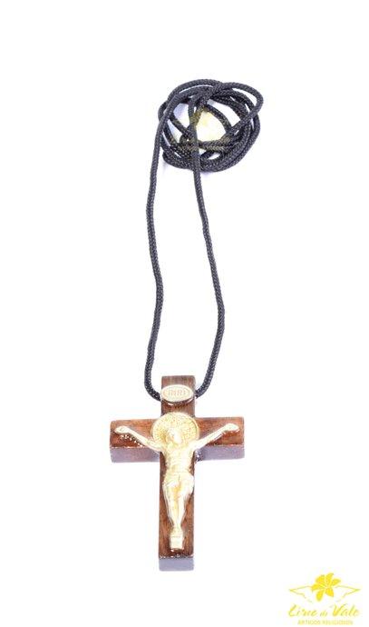 Cordão Crucifixo de São Bento de madeira com verniz auto brilho - 5cm
