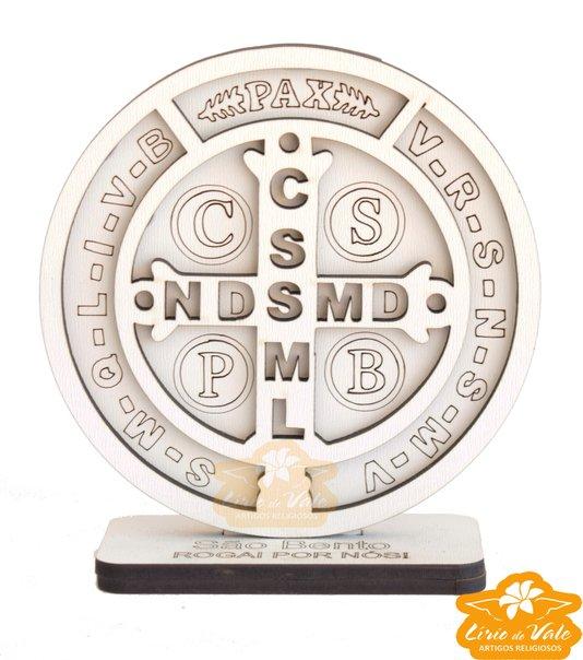 Imagem Medalha de São Bento 3D em MDF